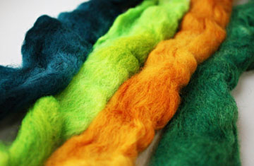 Color as You Spin roving - Web