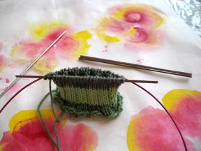 Victoria_sock_knitting_b_for_blog