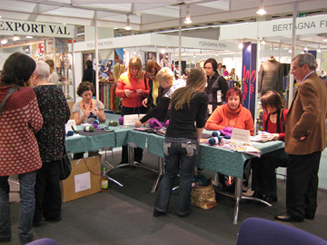 Ladys_knitting_at_booth_2_web_2