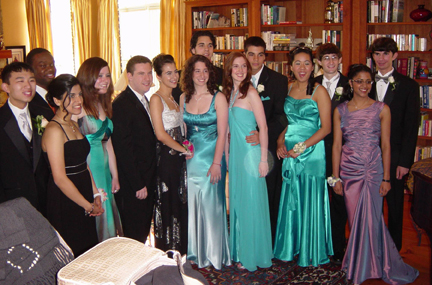 Prom_group_web