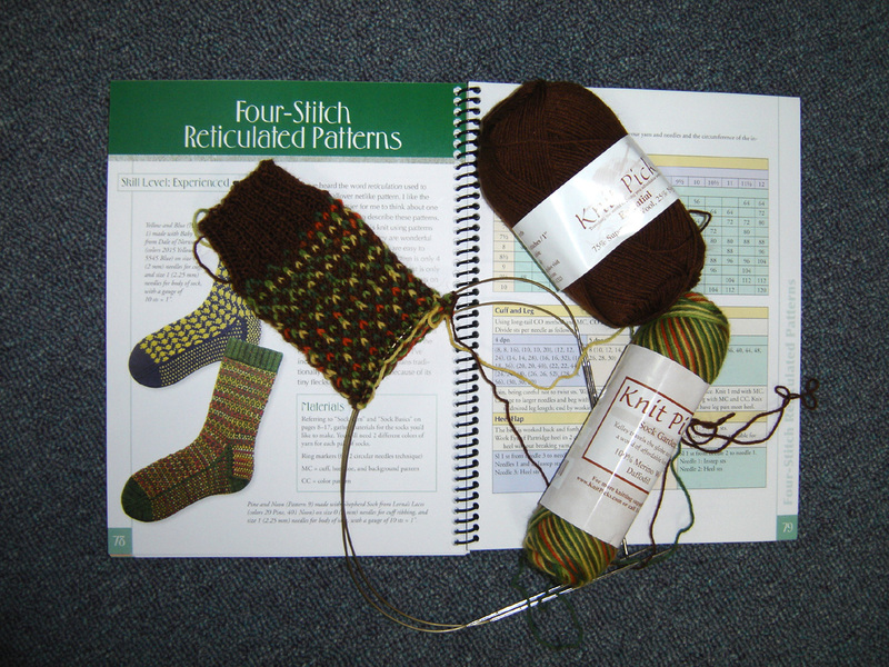 Start_of_autumn_twocolor_sock